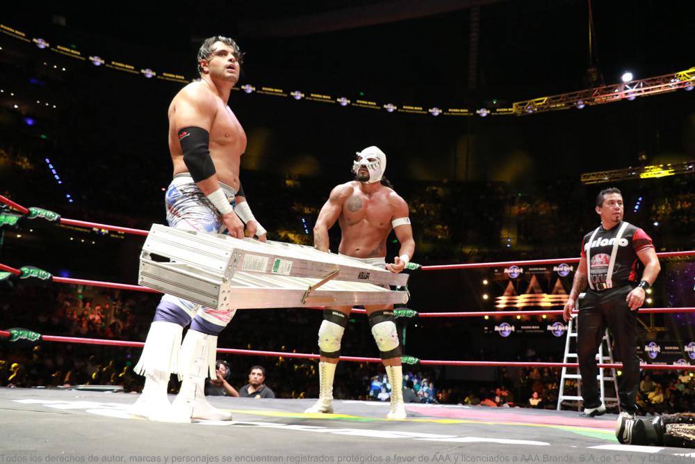 http://www.luchalibreaaa.com/beta/wp-content/uploads/2017/08/Tripleman%C3%ADa-XXV-11.jpg