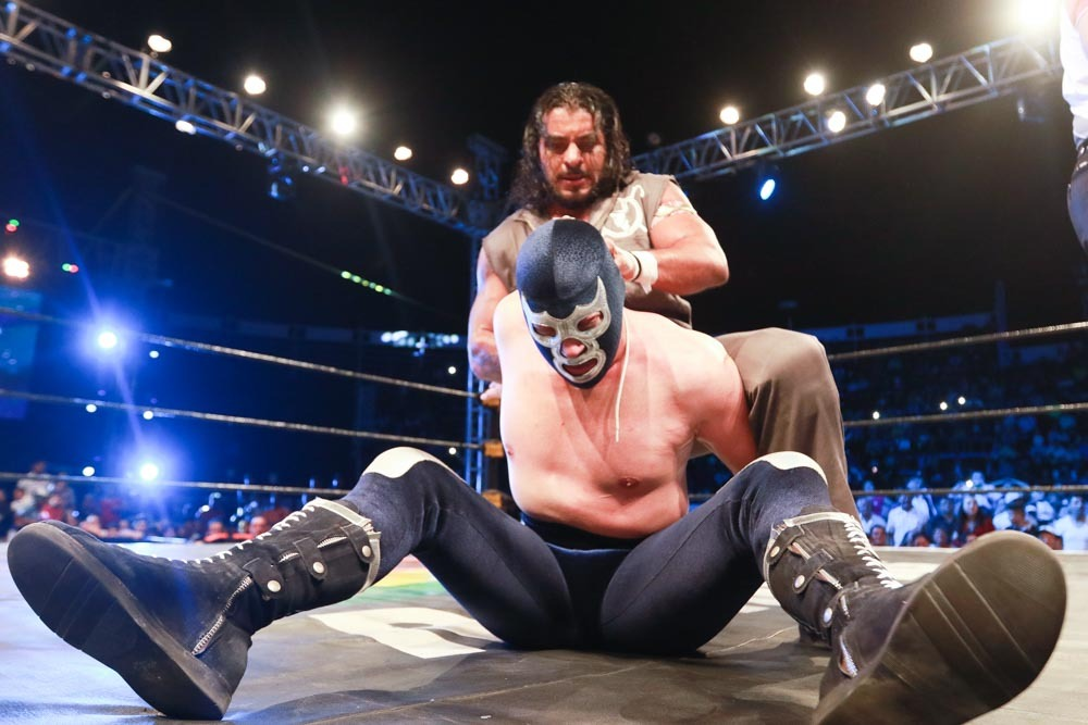 AAA: Blue Demon Jr. traiciona a Psycho Clown en Uriangato 2